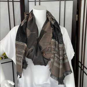 Accessories - Scarf wrap